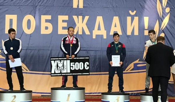 Medalie de bronz, la lupte libere