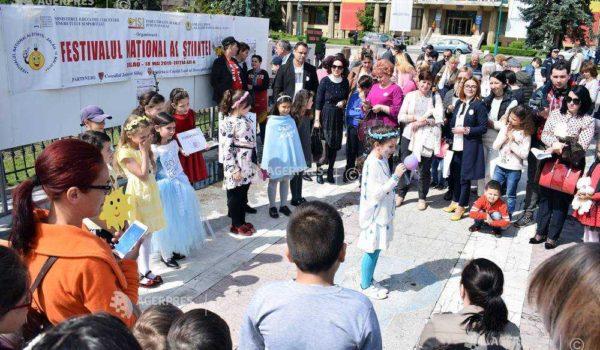 Inventivi și creativi, în festivalul-concurs de la Zalău!