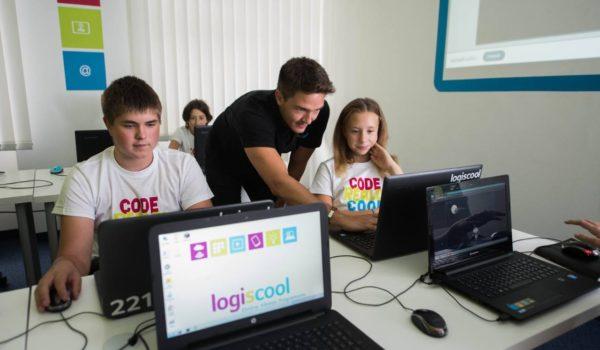 Din iunie, LOGISCOOL – Școala Internațională de Programare și Robotică, prezentă și la Târgu Mureș