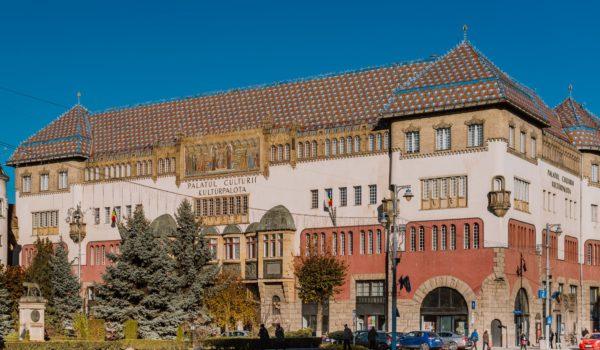 Palatul Culturii din Târgu-Mureș a primit două stele Michelin!