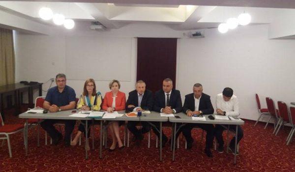 Front comun la Iaşi între PNL, USR, PLUS, PMP şi asociaţiile civice pentru autostrada Iaşi – Târgu Mureş