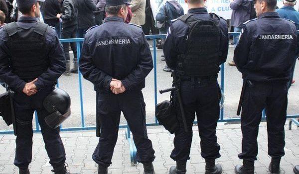 Jandarmii asigură ordinea publică la meciul de fotbal AFC HERMANNSTADT- GAZ METAN MEDIAȘ