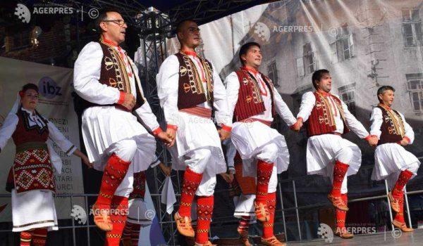 """15 mii de turiști au vizitat Sighișoara în perioada  festivalului """"ProEtnica"""""""