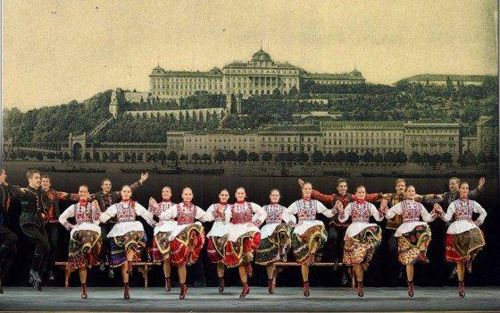 Ansamblul Naţional Maghiar de Dansuri din Ungaria va susţine două concerte la Târgu Mureş