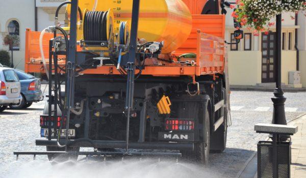 Idei pentru Mureş: Blajul, printre primele orașe din România care stropește străzile cu odorizant!