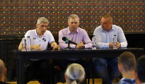Bază sportivă a academiei de fotbal FK Csikszereda la Târgu Mureș