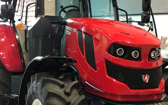Ministrul pentru Mediul de Afaceri, după vizita la IRUM: Cred că tractorul românesc poate relansa exportul autohton