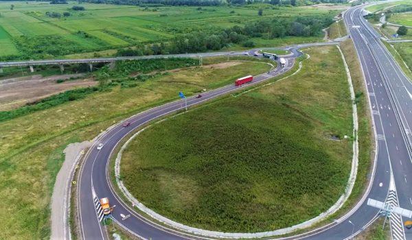 Încă un lot de autostradă dat în folosinţă