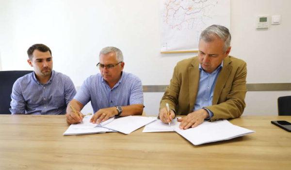 Contract de peste 100 de milioane de lei din fonduri europene pentru modernizarea a două drumuri judeţene