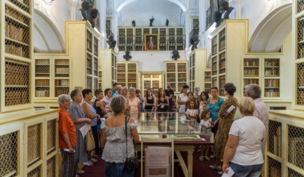 Curiozități despre renumita Bibliotecă Teleki din Târgu Mureș