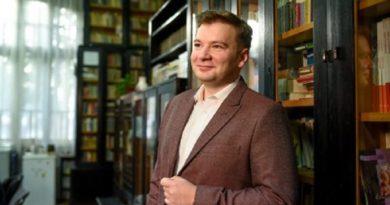 Bogdan Rațiu, profesorul care îi învață româna pe elevii maghiari