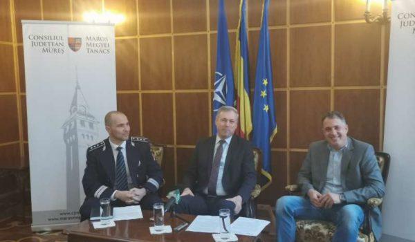 Peste 750 de poliţişti, instruiţi în conducere ofensivă şi defensivă pe Transilvania Motor Ring, pentru prevenirea accidentelor