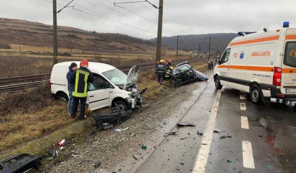 Patru răniți în accidentul de la Mureni