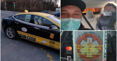 Taximetristul din Tg. Mureș cu Tesla de 40.000 € face curse gratis pentru cadrele medicale care se luptă cu epidemia de coronavirus