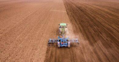 Tinerii fermieri pot beneficia de o suprafață de până la 50 de hectare concesionată din proprietatea statului