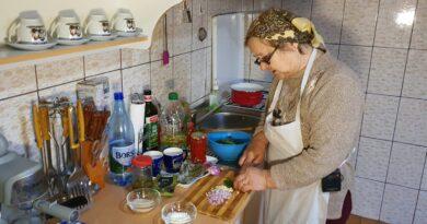 Gospodinele din Râpa de Jos (Mureş) promovează reţete străvechi: Se mănâncă bine şi în Postul Mare