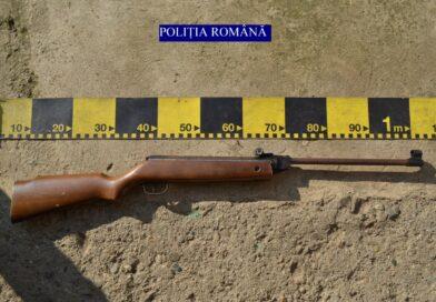 Reținut pentru deținerea unei arme fără drept